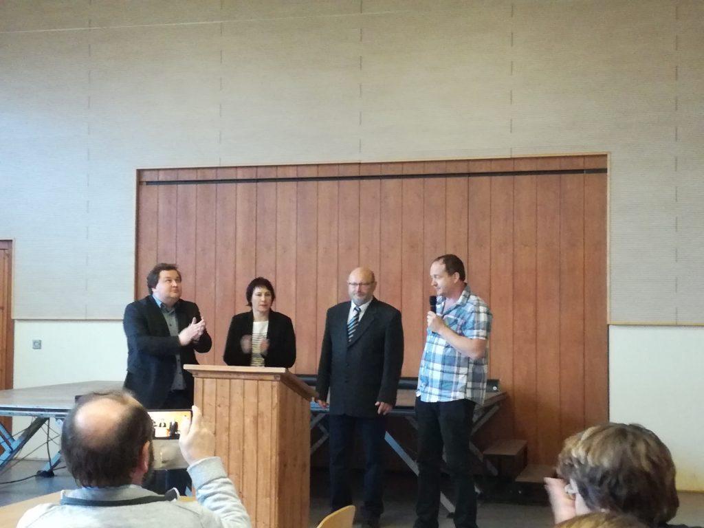 Das Bild zeigt die Bürgermeister der sich zusammenschließenden Gemeinden + Gemeinderatsmitglied Ulirch Lippmann